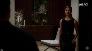 Roselyn Sanchez dans Devious Maids - 05/07/14 - 02