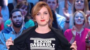Alison Wheeler dans le Grand Journal de Canal Plus - 29/04/15 - 02