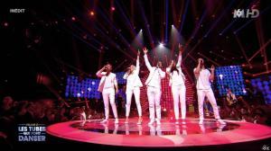 Camille Lou dans M6 Fête les 30 Ans du Top 50 - 29/04/15 - 02