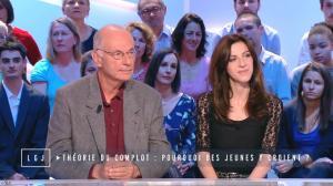 Cypora Petitjean Cerf dans le Grand Journal de Canal Plus - 28/04/15 - 02