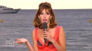 Doria Tillier dans le Grand Journal de Canal Plus - 15/05/15 - 08
