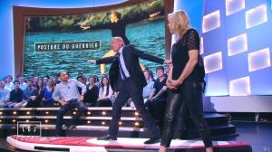 Estelle Lefébure dans le Grand Journal de Canal Plus - 09/04/15 - 01