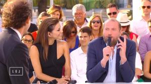 Eva Longoria dans le Grand Journal de Canal Plus - 18/05/15 - 04