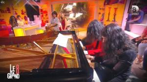 Hapsatou Sy et Audrey Pulvar dans le Grand 8 - 05/05/15 - 27