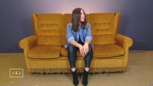 Izia dans le Grand Journal de Canal Plus - 18/03/15 - 02