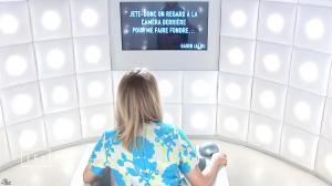 Lea Seydoux dans le Grand Journal de Canal Plus - 31/03/15 - 01