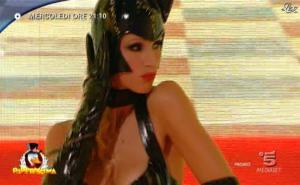 Michelle Hunziker dans Bande Annonce pour Paperissima - 12/02/11 - 01