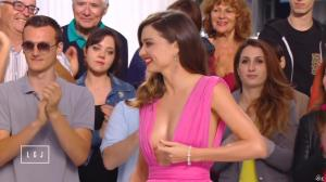Miranda Kerr dans le Grand Journal de Canal Plus - 14/05/15 - 01