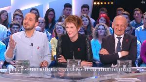 Natacha Polony dans le Grand Journal de Canal Plus - 26/03/15 - 02