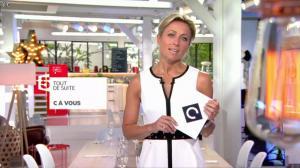 Anne-Sophie Lapix dans C à Vous - 13/05/16 - 01