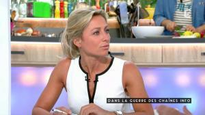 Anne-Sophie Lapix dans C à Vous - 13/05/16 - 05