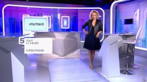 Caroline Roux dans Bande Annonce de C Politique - 29/05/16 - 01