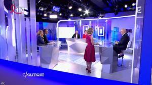 Caroline Roux dans C Politique - 03/04/16 - 21
