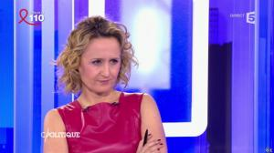 Caroline Roux dans C Politique - 03/04/16 - 37