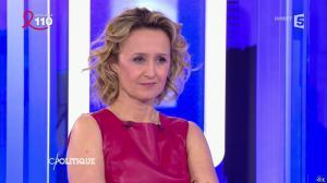 Caroline Roux dans C Politique - 03/04/16 - 51