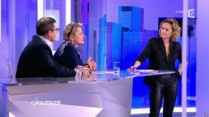 Caroline Roux dans C Politique - 07/02/16 - 21