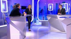 Caroline Roux dans C Politique - 07/02/16 - 27
