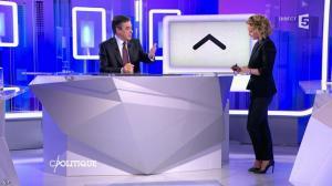 Caroline Roux dans C Politique - 07/02/16 - 32