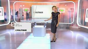 Caroline Roux dans C Politique - 11/10/15 - 004