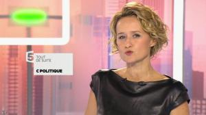 Caroline Roux dans C Politique - 11/10/15 - 006