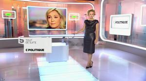 Caroline Roux dans C Politique - 11/10/15 - 008