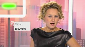 Caroline Roux dans C Politique - 11/10/15 - 010