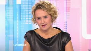 Caroline Roux dans C Politique - 11/10/15 - 016