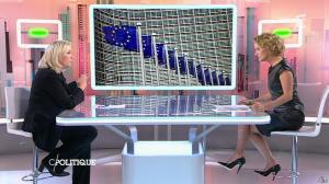 Caroline Roux dans C Politique - 11/10/15 - 033