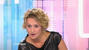 Caroline Roux dans C Politique - 11/10/15 - 035