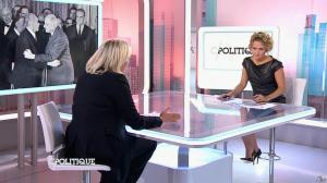 Caroline Roux dans C Politique - 11/10/15 - 037