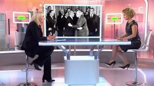 Caroline Roux dans C Politique - 11/10/15 - 038