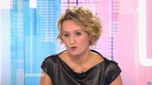 Caroline Roux dans C Politique - 11/10/15 - 041