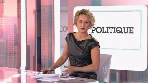 Caroline Roux dans C Politique - 11/10/15 - 056