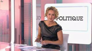 Caroline Roux dans C Politique - 11/10/15 - 057
