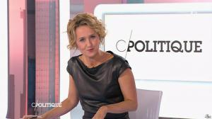 Caroline Roux dans C Politique - 11/10/15 - 059