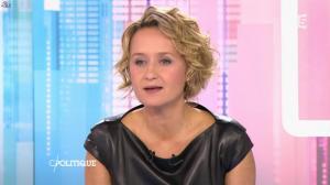 Caroline Roux dans C Politique - 11/10/15 - 061