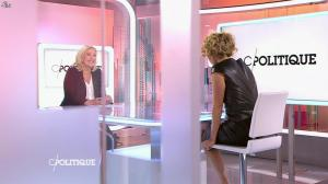 Caroline Roux dans C Politique - 11/10/15 - 062