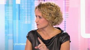 Caroline Roux dans C Politique - 11/10/15 - 070