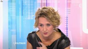 Caroline Roux dans C Politique - 11/10/15 - 073