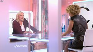 Caroline Roux dans C Politique - 11/10/15 - 098