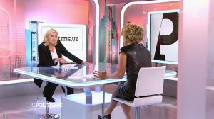 Caroline Roux dans C Politique - 11/10/15 - 125