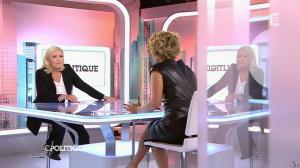 Caroline Roux dans C Politique - 11/10/15 - 129