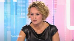 Caroline Roux dans C Politique - 11/10/15 - 131