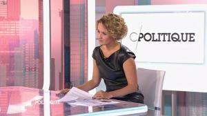 Caroline Roux dans C Politique - 11/10/15 - 133