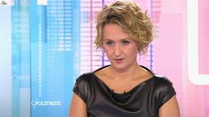 Caroline Roux dans C Politique - 11/10/15 - 134