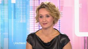 Caroline Roux dans C Politique - 11/10/15 - 163