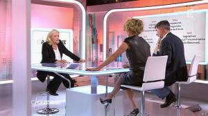 Caroline Roux dans C Politique - 11/10/15 - 165