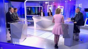 Caroline Roux dans C Politique - 14/02/16 - 13