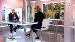 Caroline Roux dans C Politique - 15/11/15 - 04