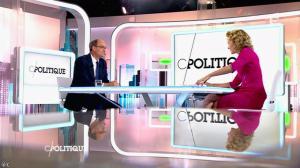Caroline Roux dans C Politique - 18/10/15 - 14